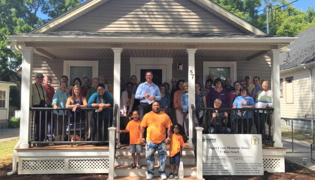1-family-at-house-dedication