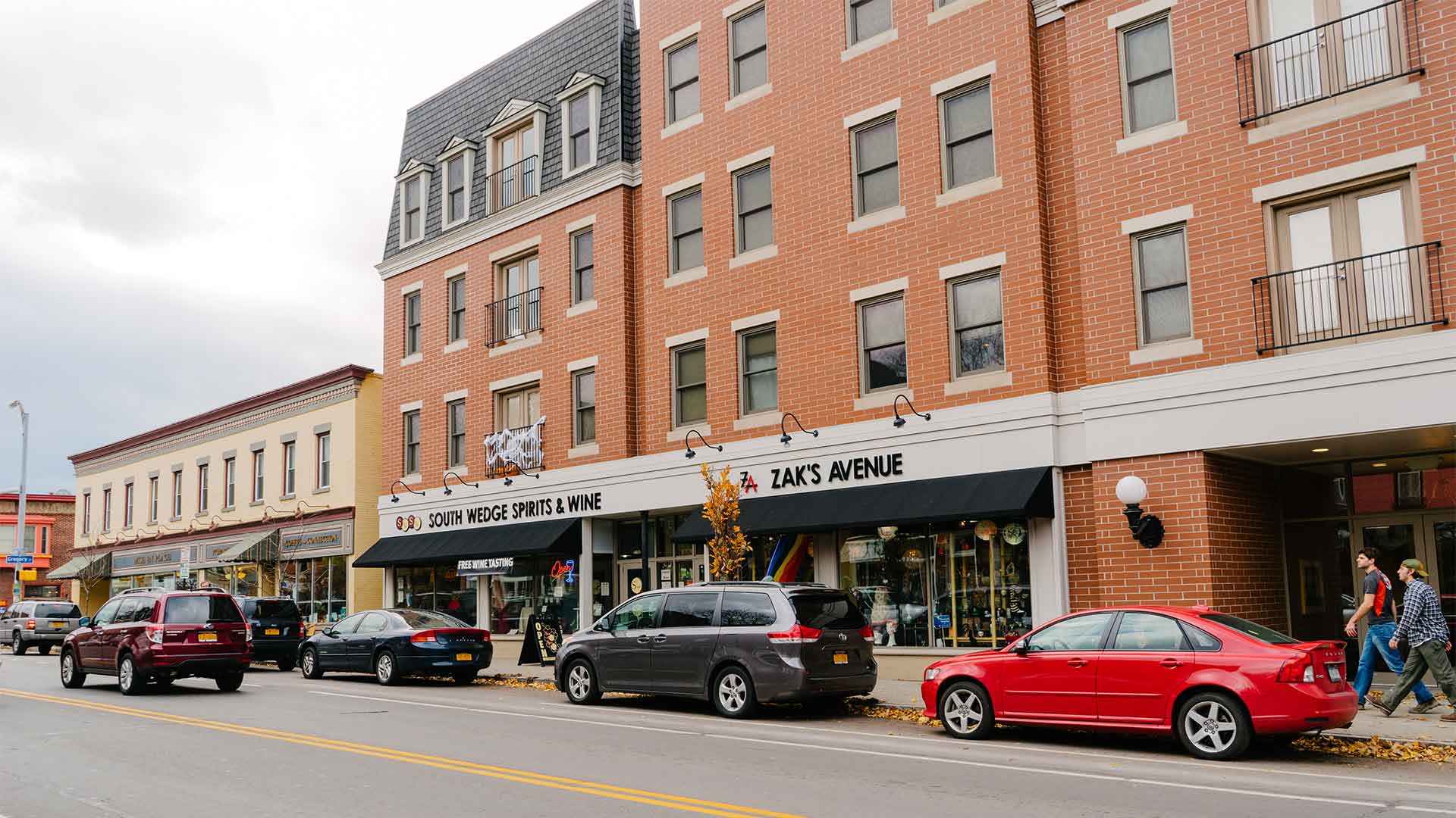 Shopping on South Avenue in South Wedge